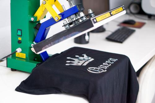 tworzenie nadruku na koszulce