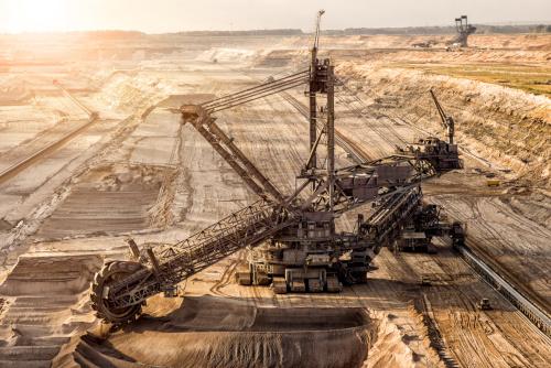 kopalnia wegla z uzyciem maszyny